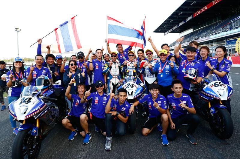 SS600 レース1:表彰台独占に歓喜するYamaha Thailand Racing Team