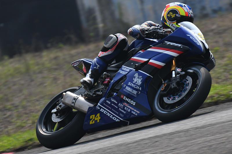 SS600 レース1:ヤマハ勢トップ。前半トップ争いを繰り広げ5位となった#24 Decha Kraisart & YZF-R6 (Yamaha Thailand Racing Team)