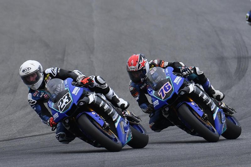 ASB1000 Race 1:#23 Broc Parkes & #76 Yuki Ito (YAMAHA RACING TEAM ASEAN)