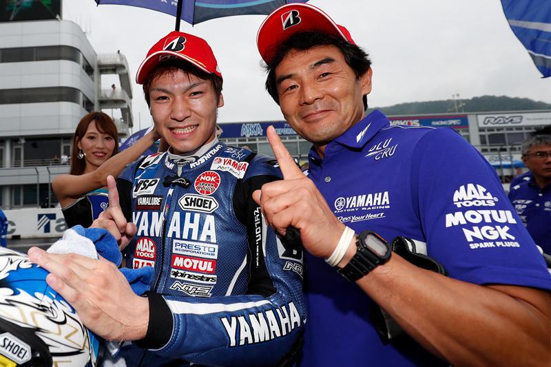 独走で今季初優勝を果たした#4 野左根航汰&YZF-R1