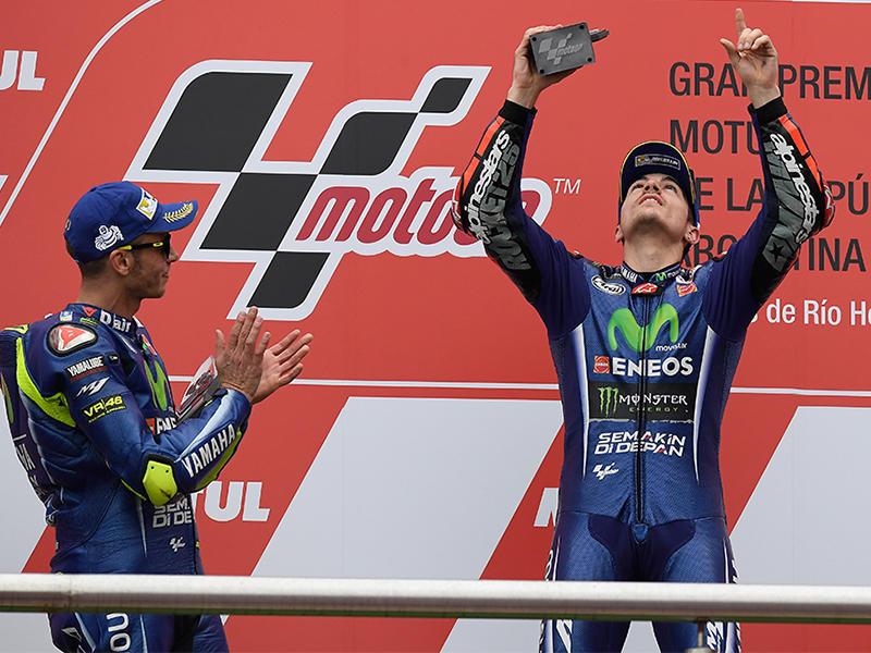 Movistar Yamaha MotoGPのM・ビニャーレスとV・ロッシが1-2フィニッシュ
