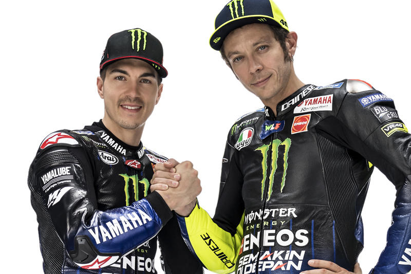 Monster Energy Yamaha MotoGPのM・ビニャーレス(左)とV・ロッシ
