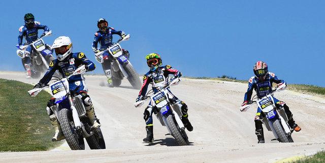 Master Camp Riders Kick into Gear at the Motor Ranch